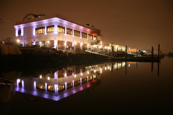 Russo On The Bay This Is A Stunning Venue With Great Waterfront View In Howard Beach Has Romantic Feel That Your Guest Will Love